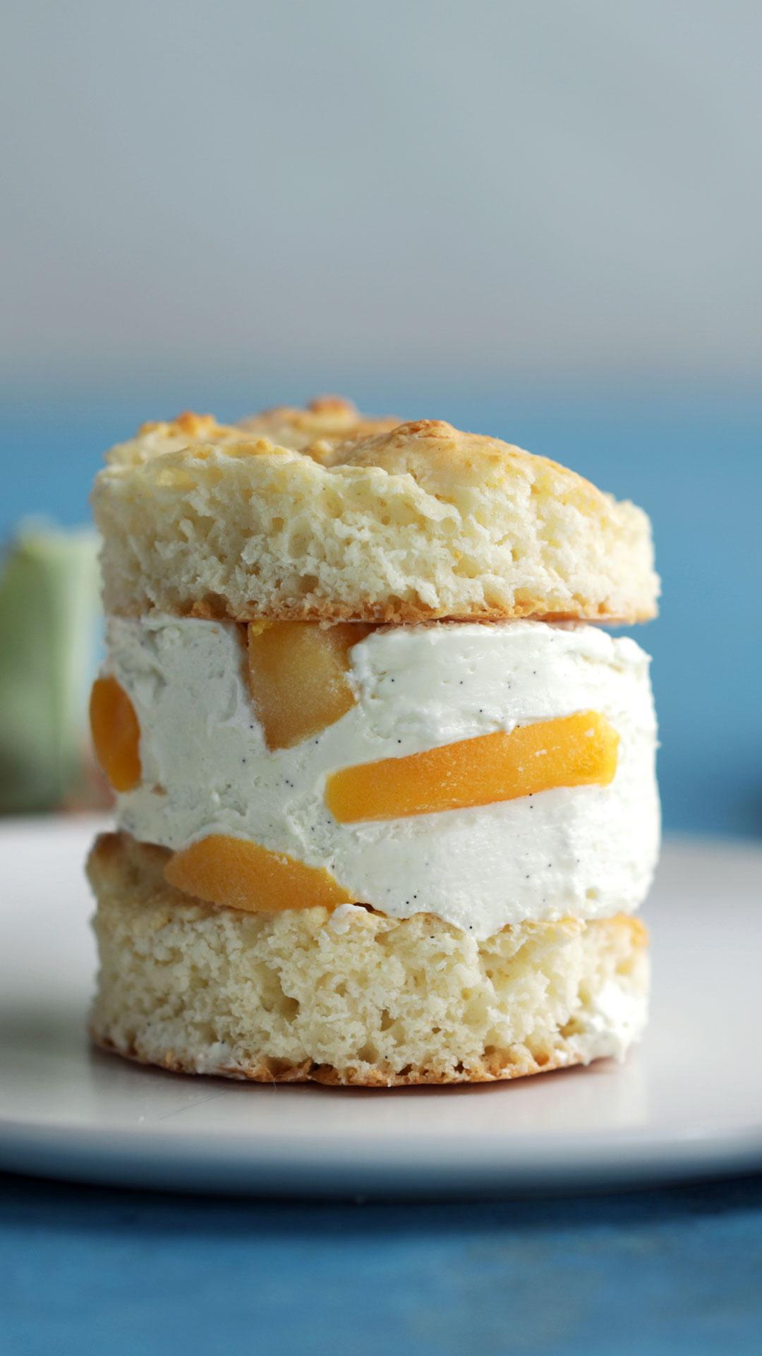 Peach Shortcake Ice Cream Sandwiches
